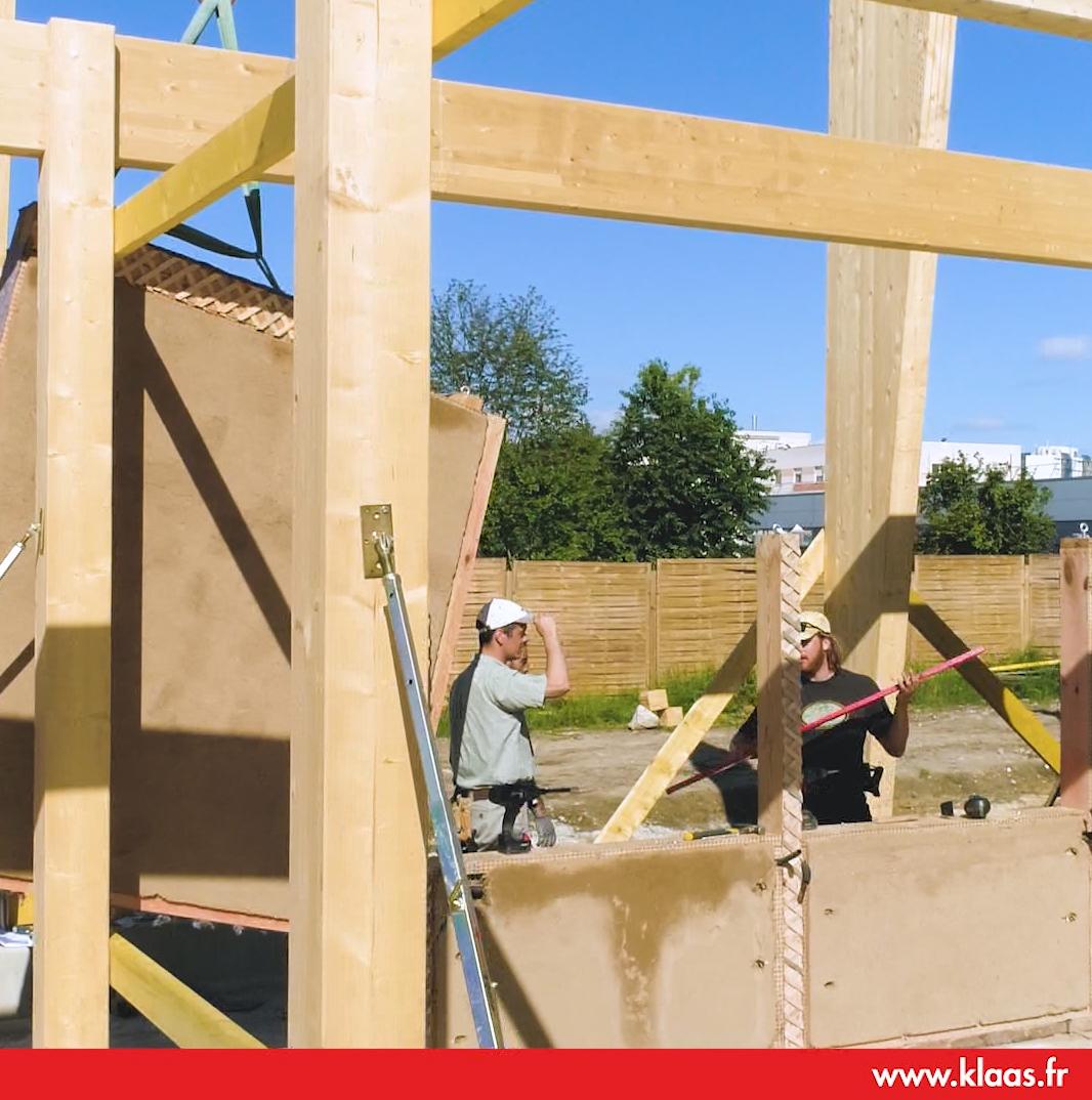 construction ossature bois charpente location grue sur camion