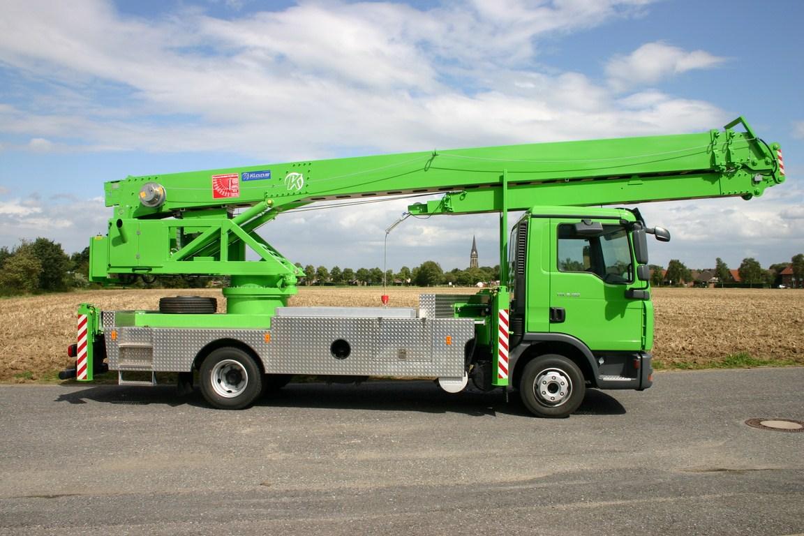 Grue mobile sur camion klaas for Piscine mobile sur camion